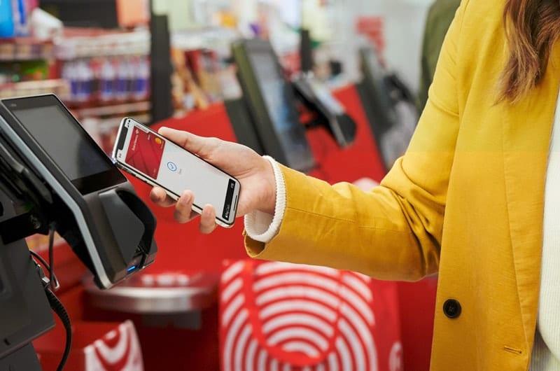 Paga in negozio con Apple Pay