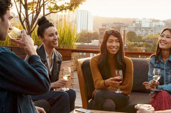 Come invitare un amico su Airbnb