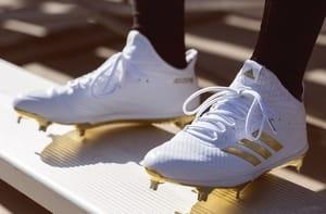 premium selection f35a1 23e10 Scarpe Calcio da 29,98€. Coupon sconto Adidas. Adidas. Offerta